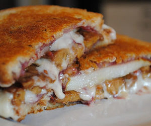 Raspberry-Pear Grilled Cheese Sandwich recipes