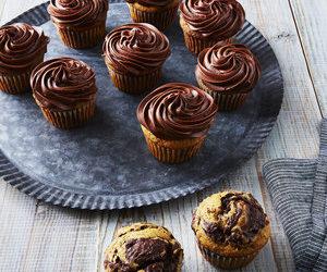 Pumpkin-Chocolate Swirl Cupcakes With Chocolate Buttercream