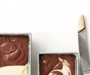 Chocolate-Vanilla Marble Cakes