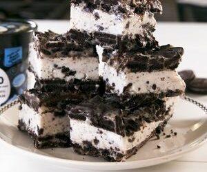 Cookies 'N Cream Ice Cream Sandwiches