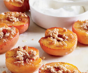 Honey-Roasted Apricots with Amaretti Cookies recipes